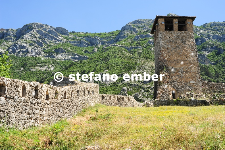 Archaeological_site_and_Fortress_of_Kruja.jpg