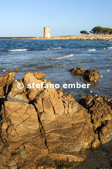 Beach_and_tower_of_San_Giovanni.jpg